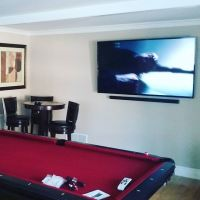 TV wall mounted and soundbar